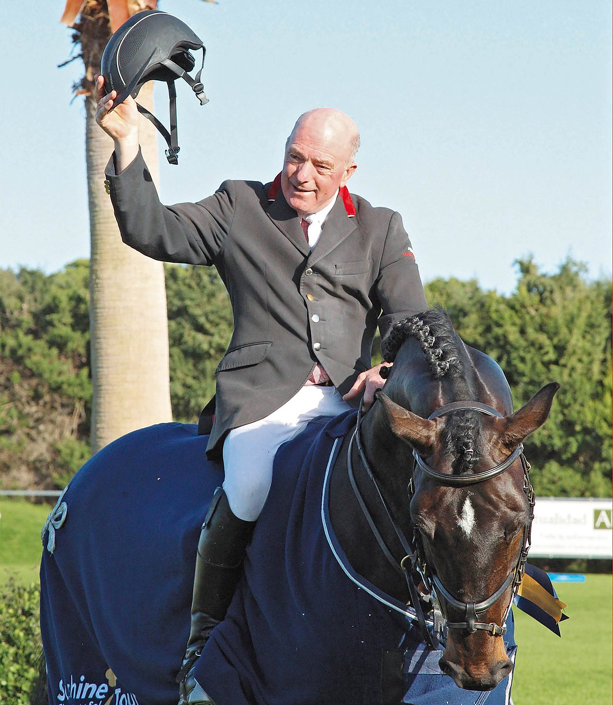 Interview with JOHN WHITAKER - British Showjumper