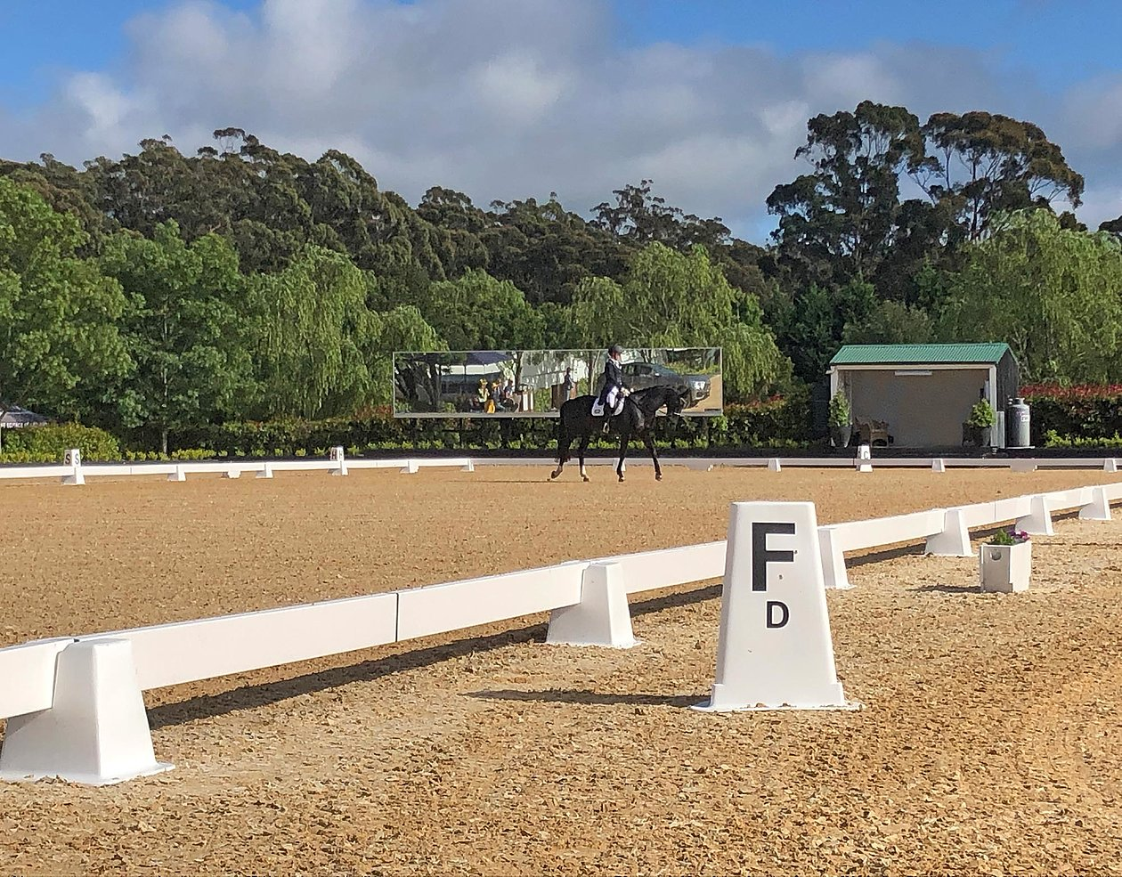Ebb and Flow riding arena with OTTO-ArenaTex footing